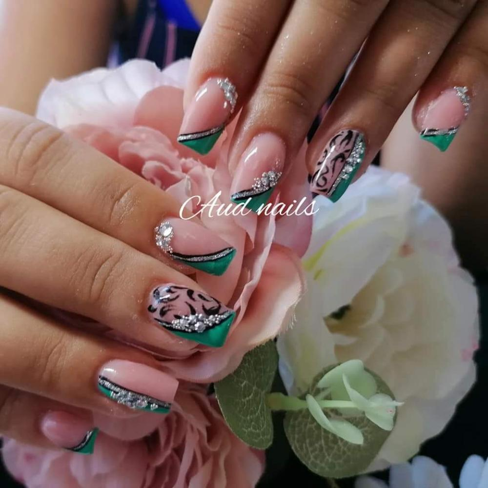 pose d'ongle  arrageois